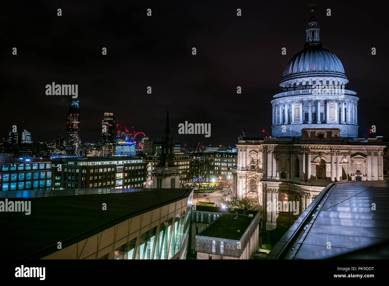 One New Change, St Pauls, London - Stock Image
