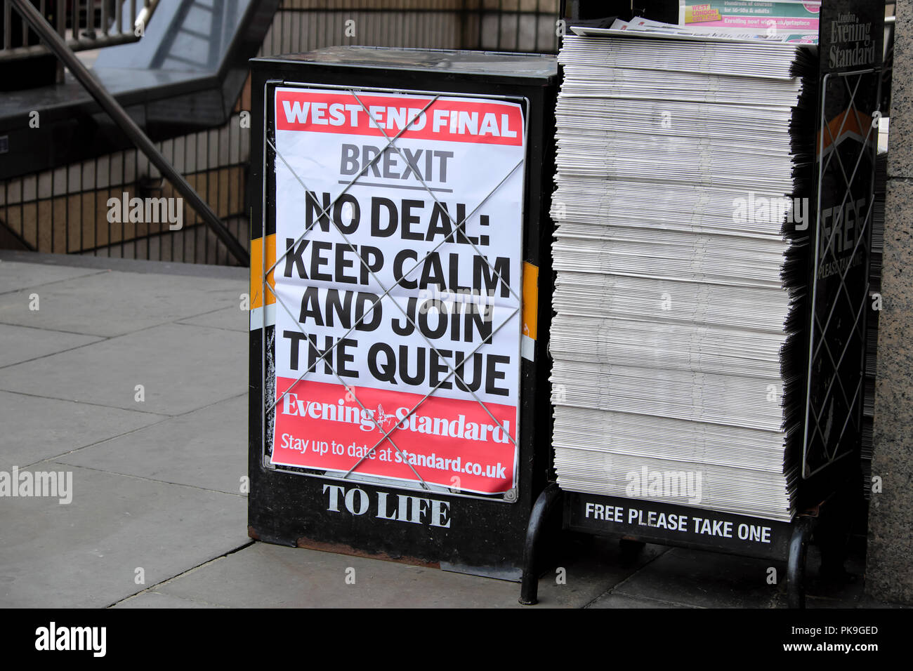 Evening Standard newspaper headline on poster 'Brexit - NO DEAL KEEP CALM AND JOIN THE QUEUE'   23 August 2018 in London, England UK - Stock Image