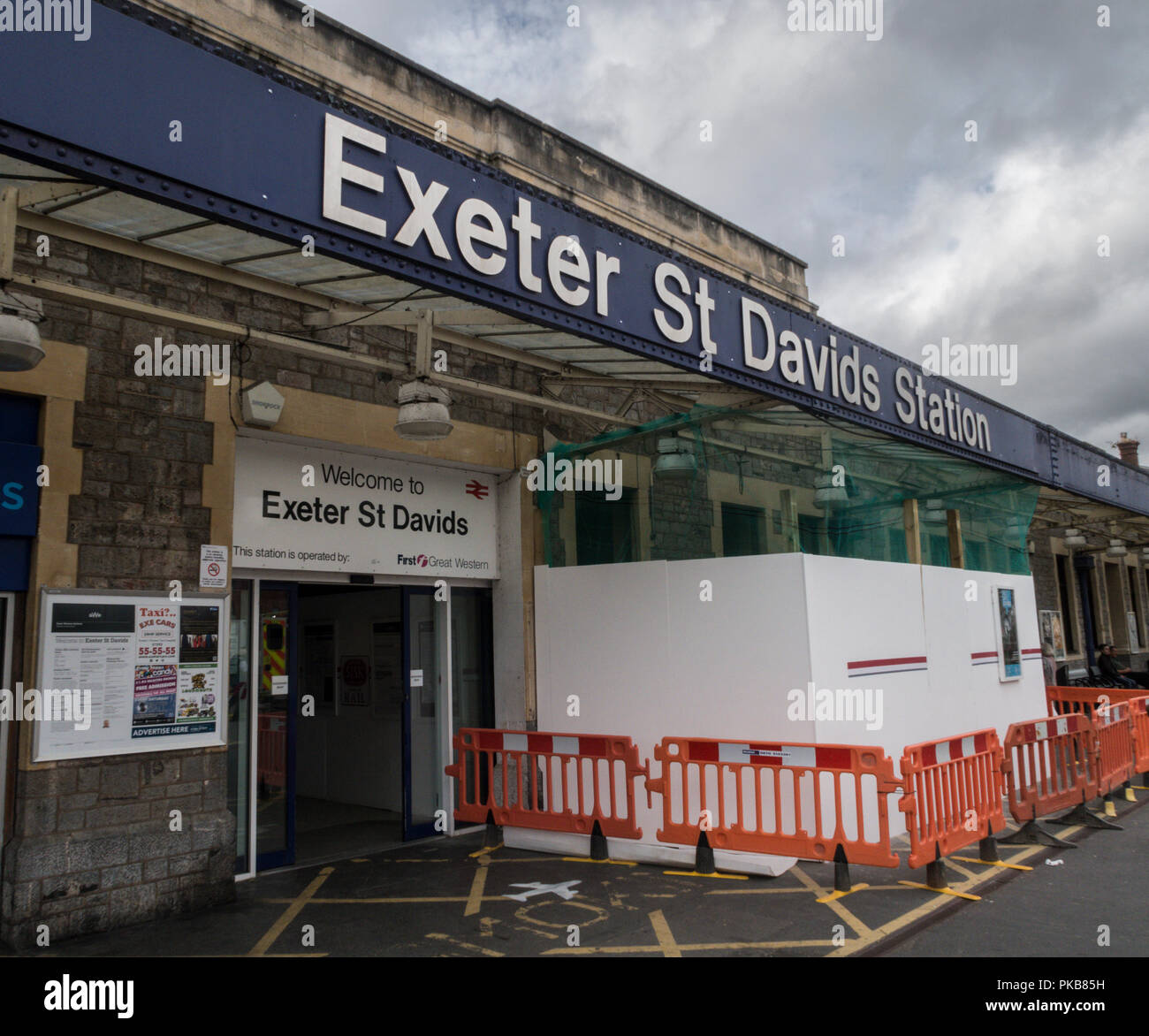 Entrance Sign To Exeter St Davids Railway Station Stock Photo