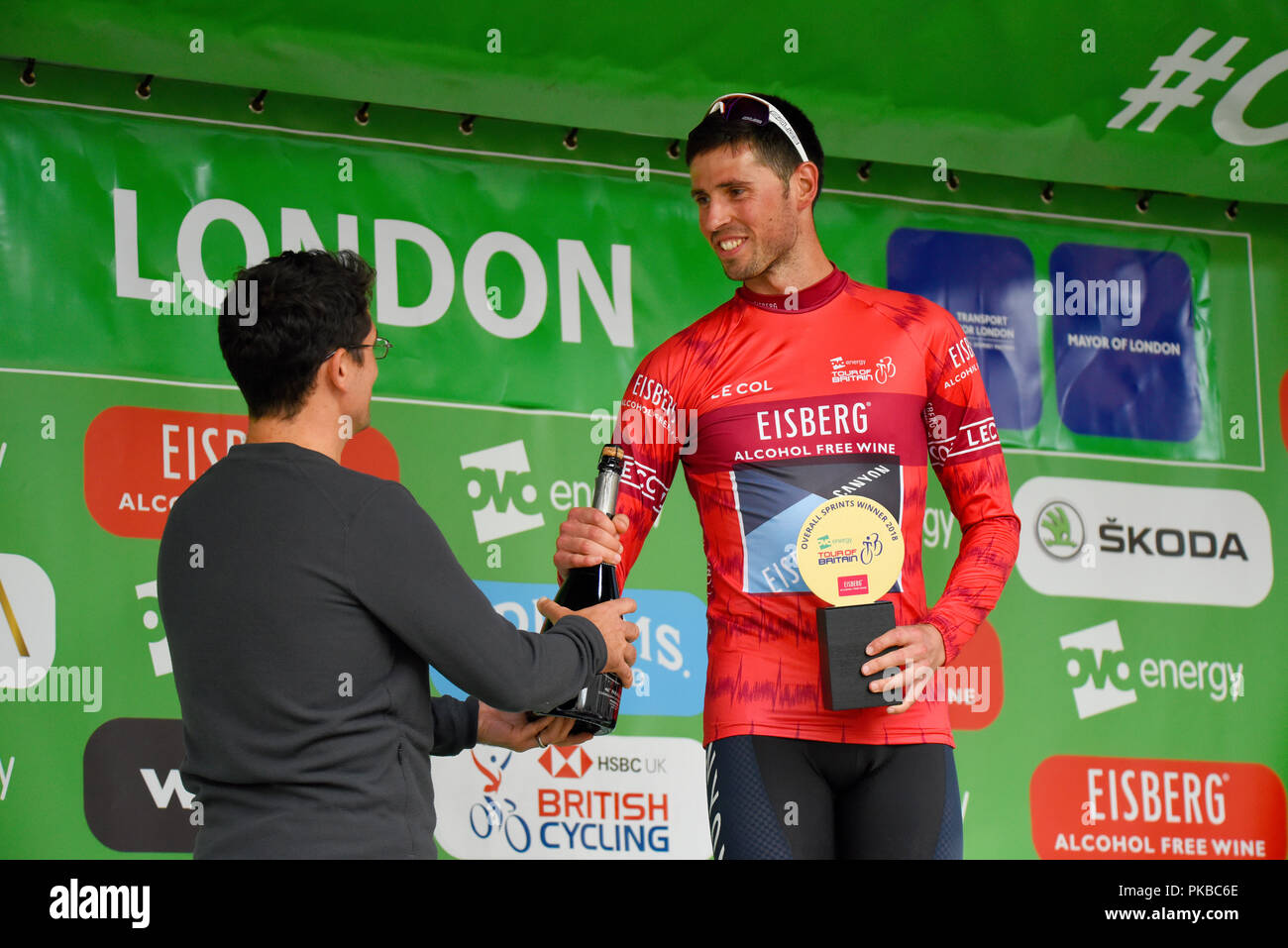 Alex Paton Sprints jersey winner of Canyon Eisberg at the OVO Energy Tour of Britain cycle race, Stage 8, London, UK. Winning trophy - Stock Image