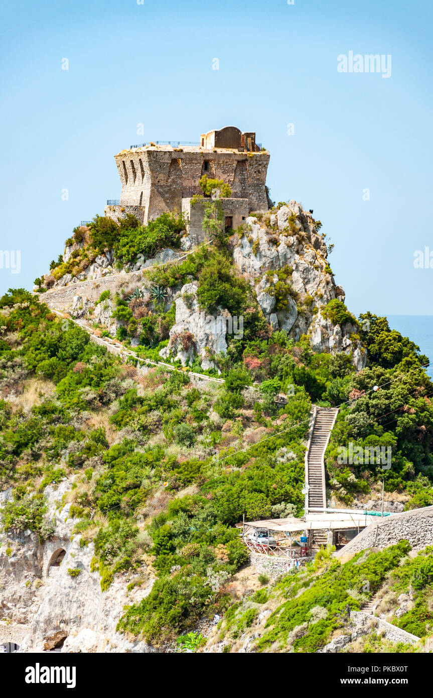 The Capo di Conca next to the Mediterranean Sea in Conca dei Marini, Salerno, Campania, Italy - Stock Image