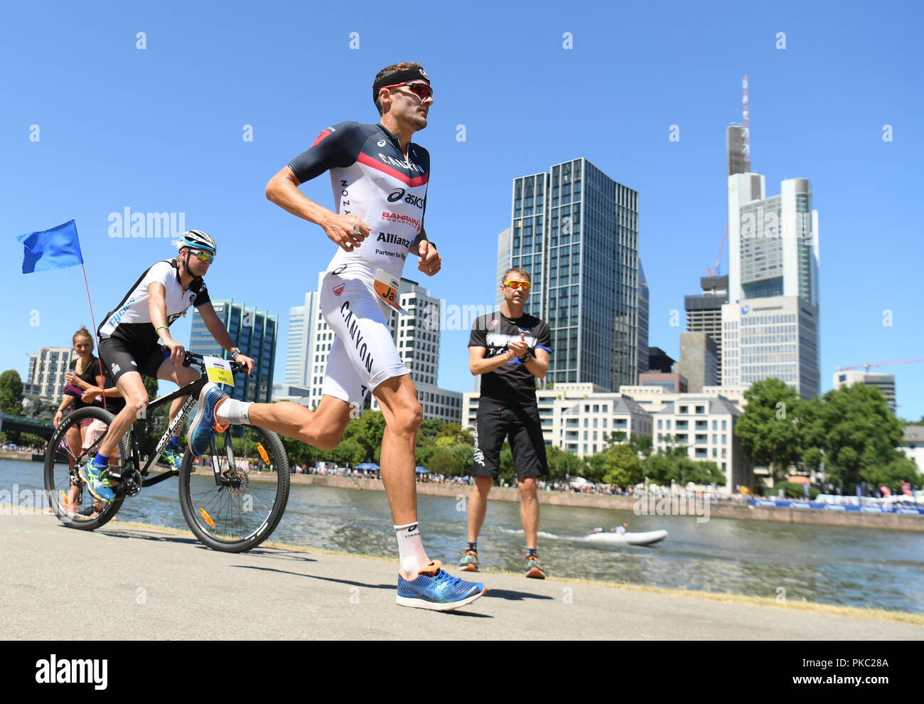 99cc521e92a Ironman Triathlon World Champion Stock Photos   Ironman Triathlon ...