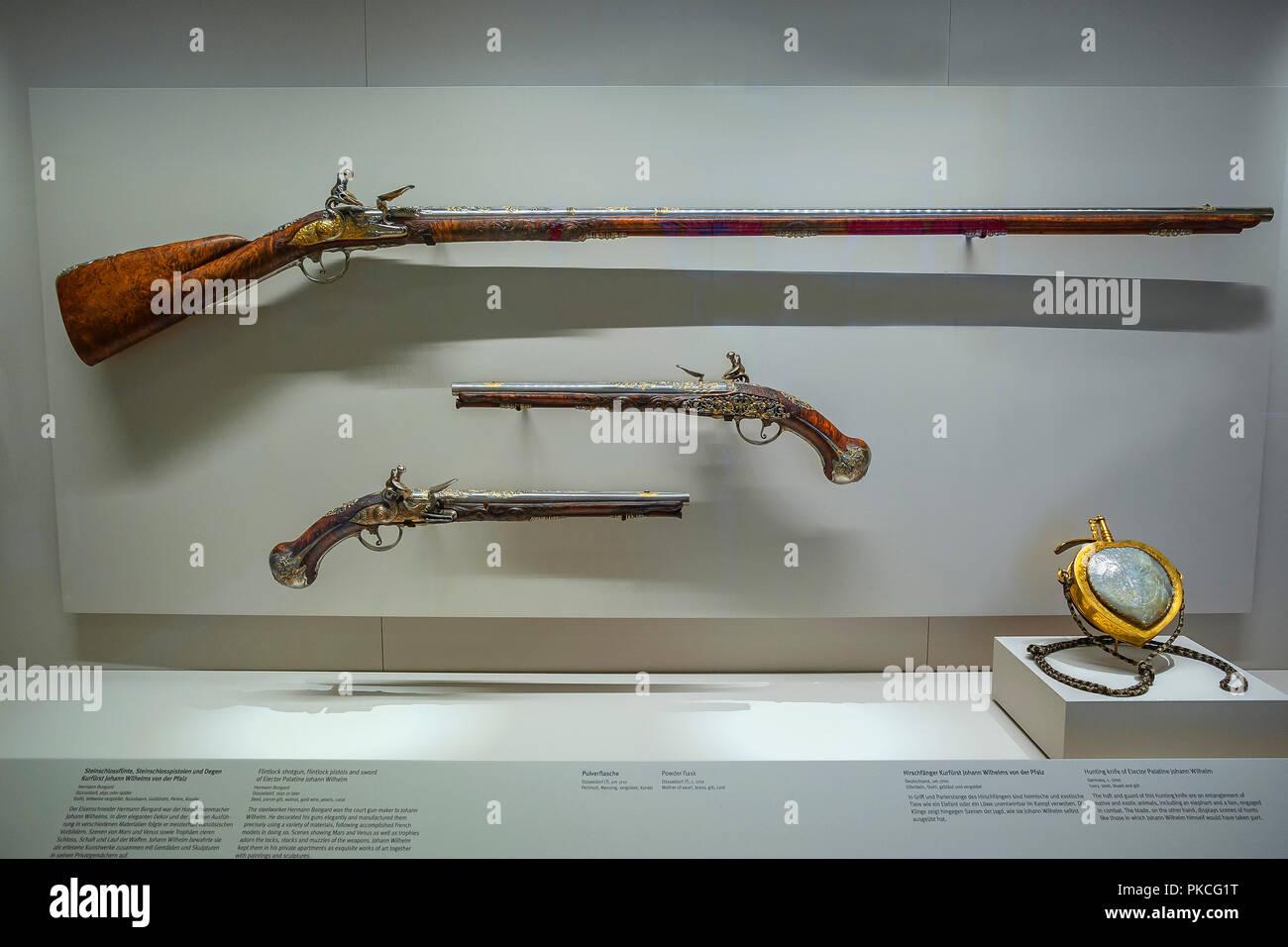 Flintlock Pistol and Rifle of Elector Johann Wilhelm von der Pfalz, c. 1690, National Museum, Munich, Upper Bavaria, Bavaria - Stock Image