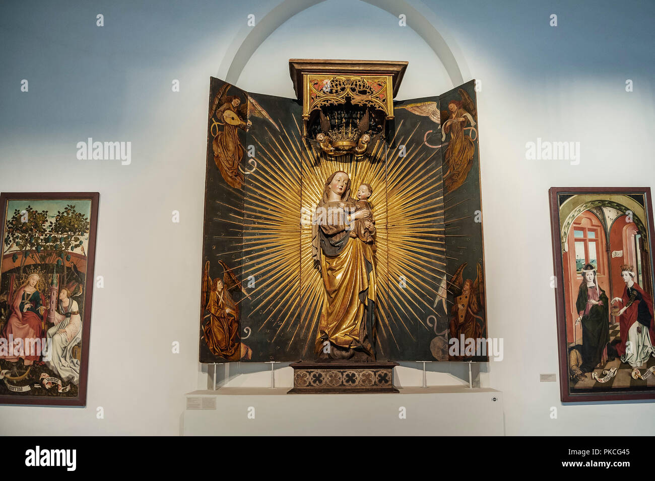 Canopy altar with Our Lady in the Radiant Wreath, Middle Franconia 1477, National Museum, Munich, Upper Bavaria, Bavaria - Stock Image