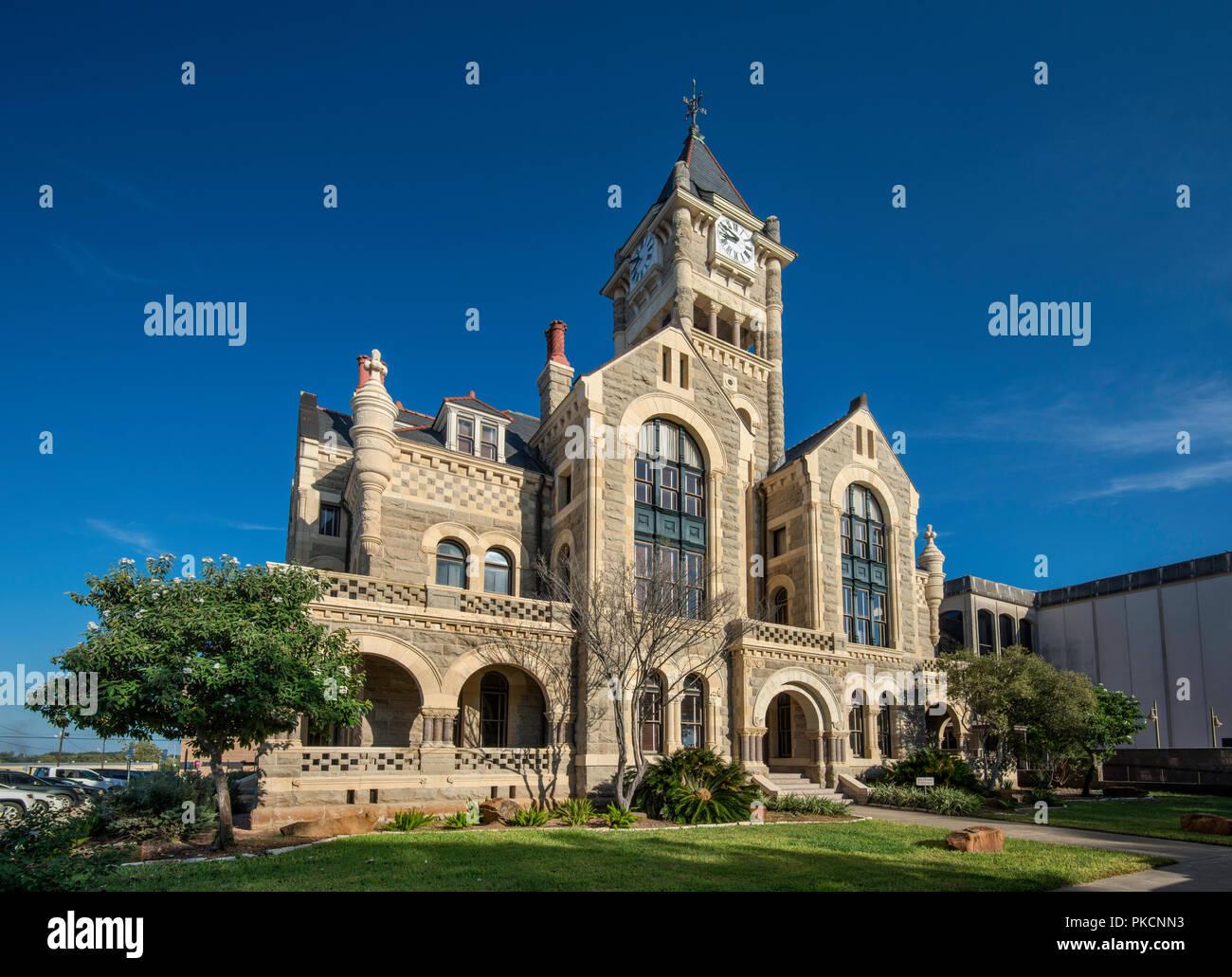 Victoria County Courthouse (1892), Romanesque Revival style, at De Leon Plaza, Victoria, Texas, USA - Stock Image