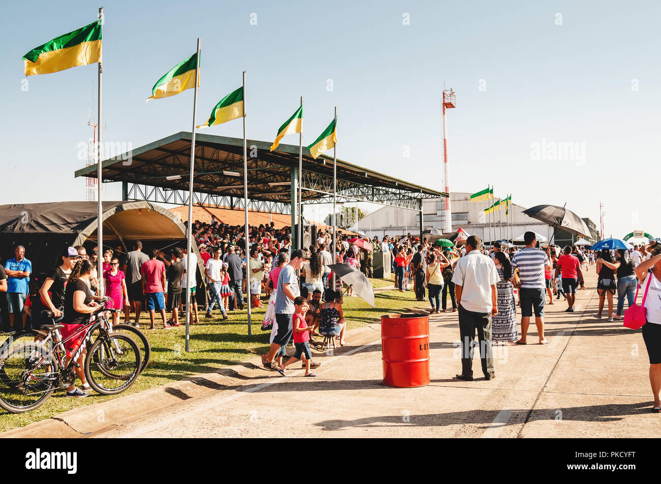 Campo Grande, Brazil - September 09, 2018: People at the military air base to visit the Portoes Abertos Ala 5. Event open to the public. Exhibition of - Stock Image