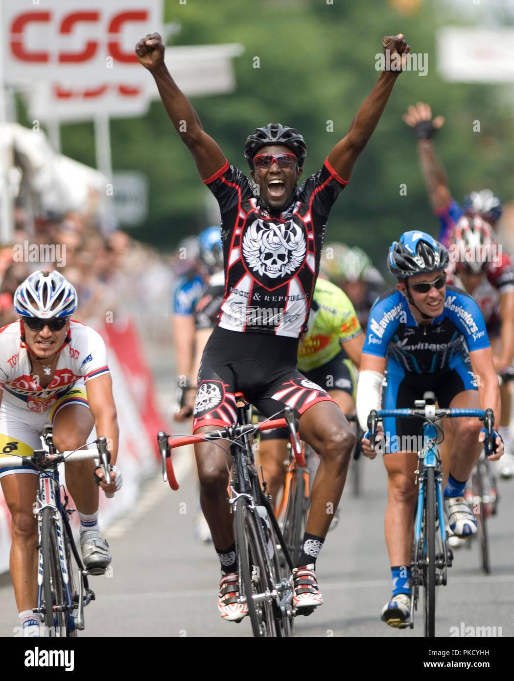 virginia athlet beale racing - 606×750