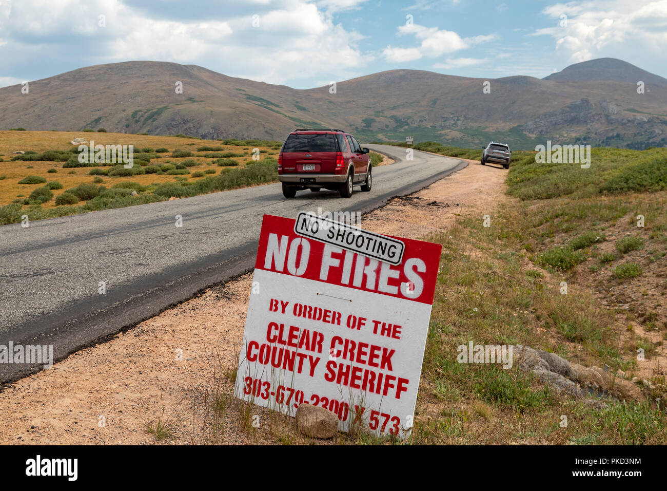 Georgetown, Colorado - A sign near Guanella Pass in the Rocky Mountains prohibits fires and shooting due to drought conditions. - Stock Image