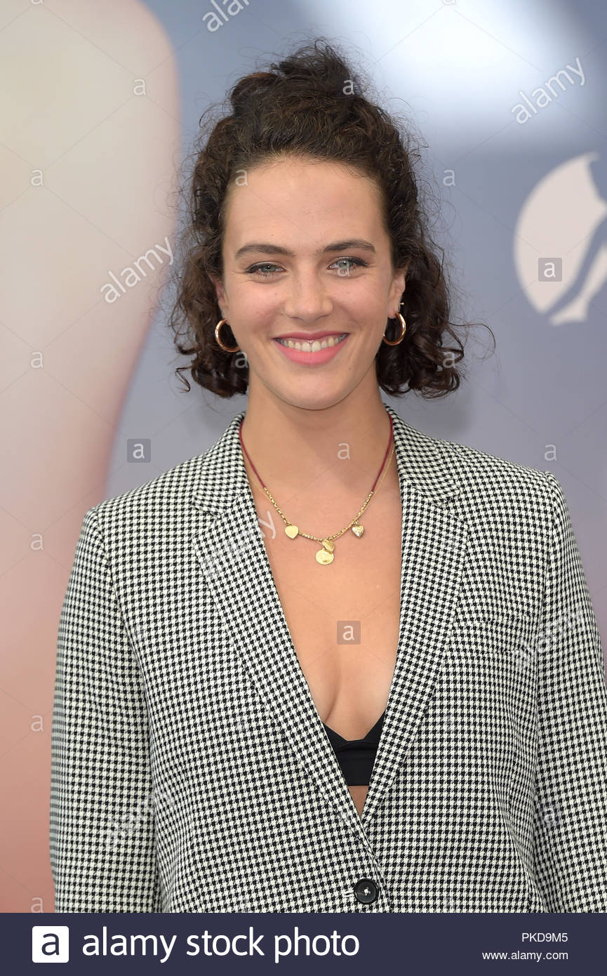 2019 Jessica Brown Findlay nude (81 foto and video), Ass, Paparazzi, Twitter, swimsuit 2015