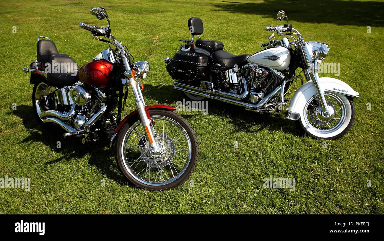 2 Gleaming Harley-Davidson motorbikes - Stock Image