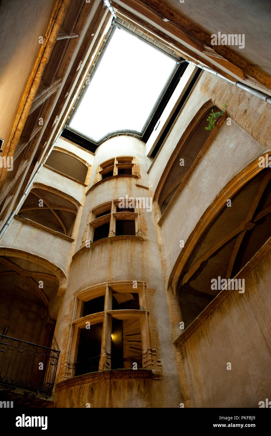 the historic passageway traboule in the rue Saint-Jean No. 26, in Lyon (France, 07/12/2009) - Stock Image