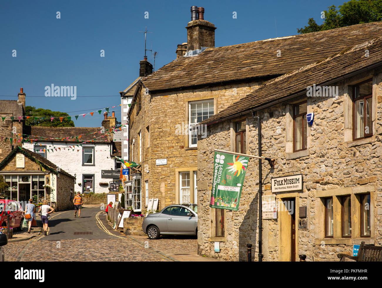 UK, Yorkshire, Wharfedale, Grassington, The Square, Garrs Lane, Grassington Folk  Museum Stock Photo