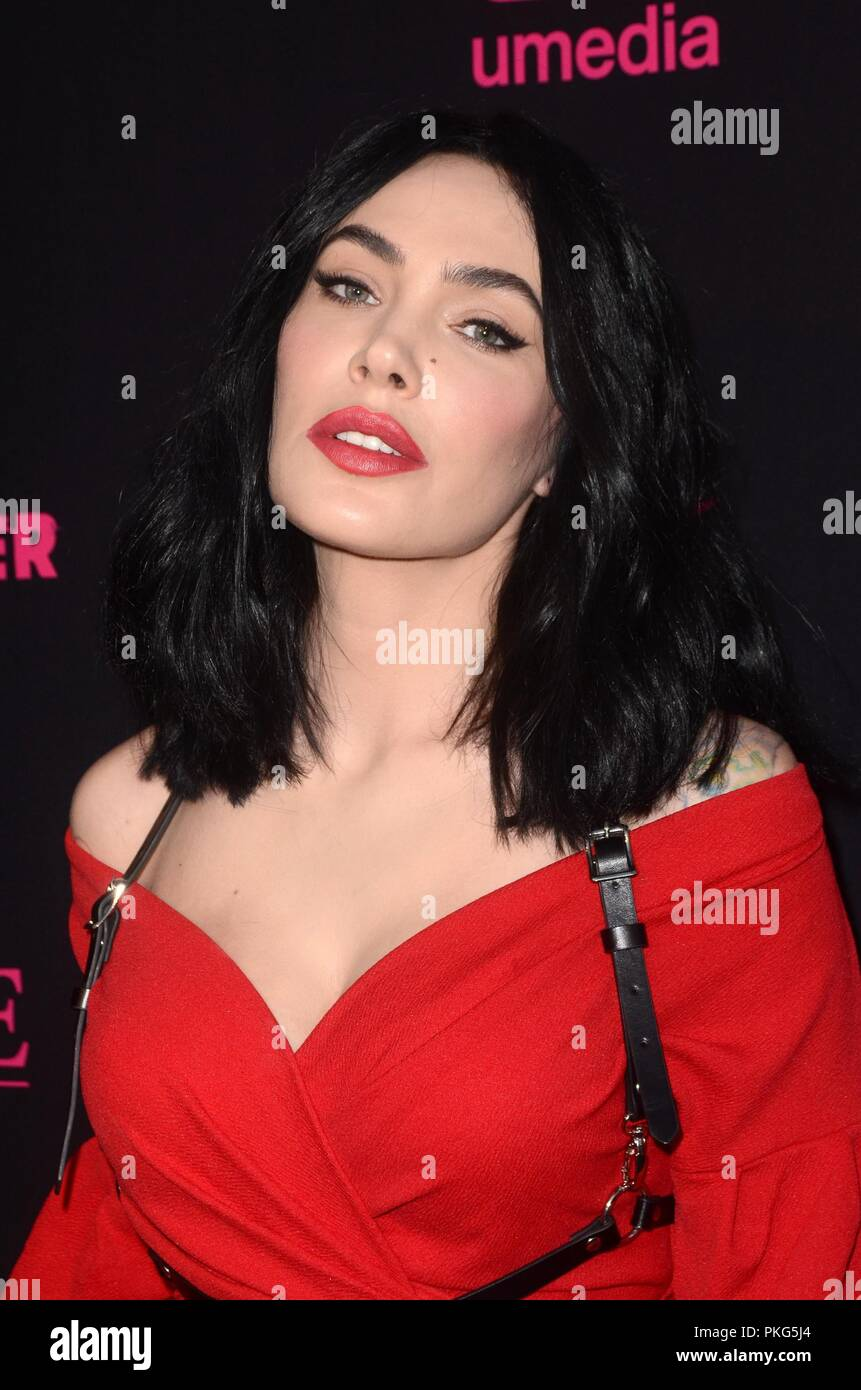Micheline Pitt At Arrivals For Mandy Premiere Graumans Egyptian