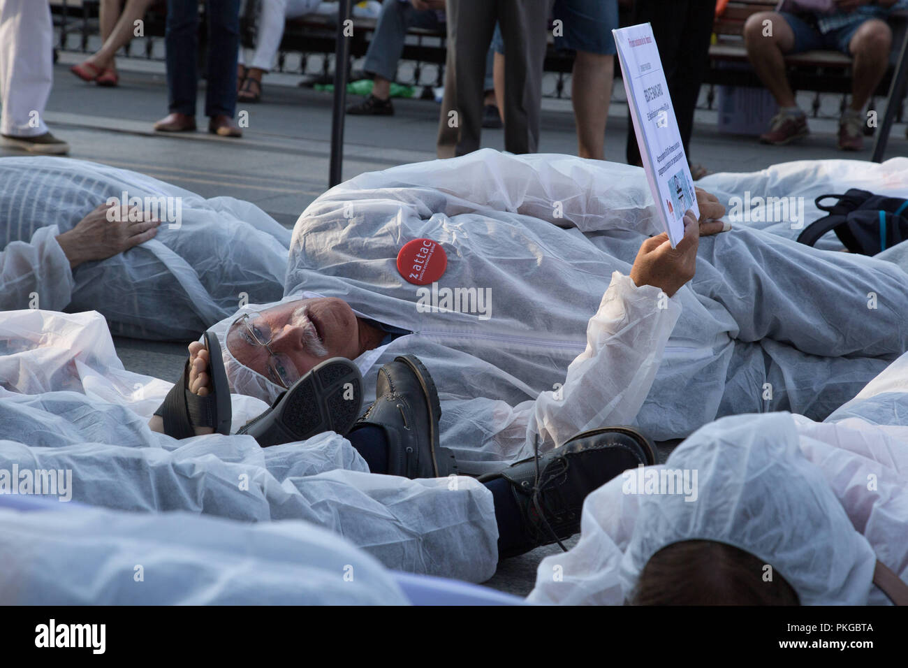Madrid Spain 13th Sep 2018 Activists Seen Laying On The Ground