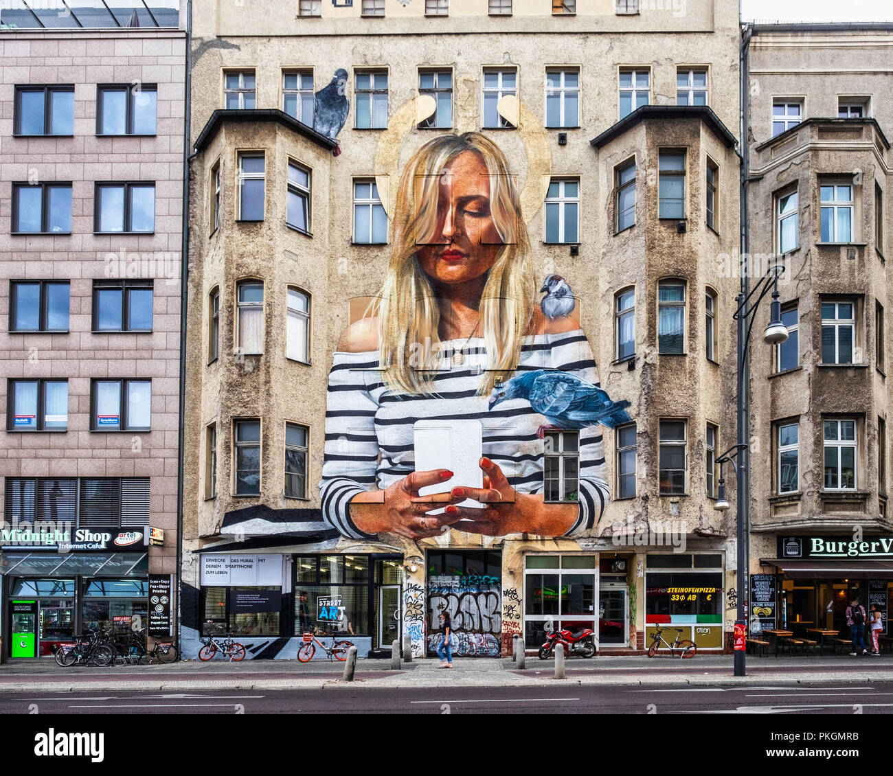 Berlin,Mitte. Re-Imagining Street Art. Art by Tape  That. Samsung Augmented reality Technology Brings ARt to Life in 5 Art labs during IFA 2018 Samsun - Stock Image