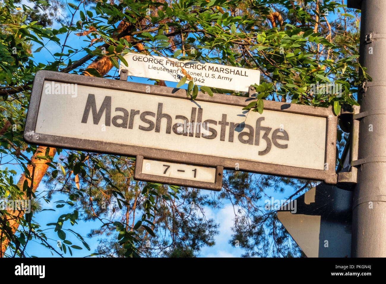 Berlin Dahlem, Marshallstrasse. Marshall street named of George Frederick Marshall, Lieutenant Colonel in US army - Stock Image