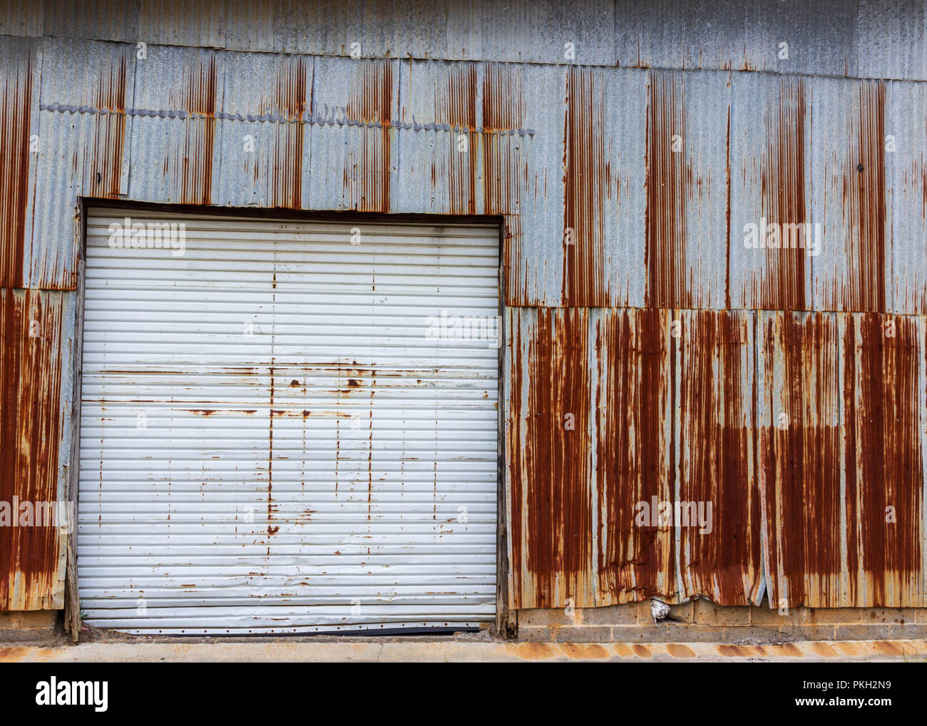 Rusty Garage High Resolution Stock Photography And Images Alamy