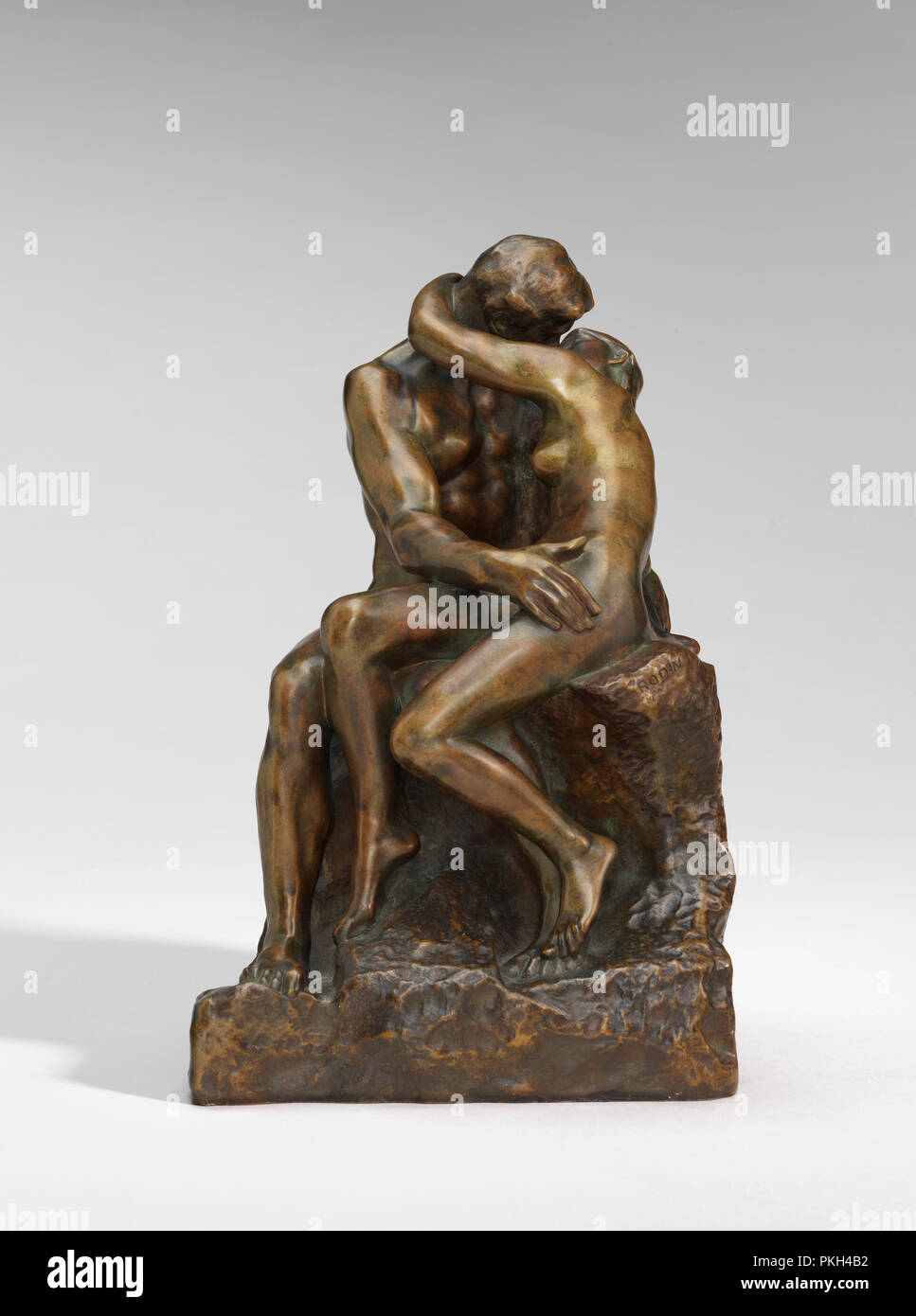The Kiss (Le Baiser). Dated: model 1880-1887, cast c. 1898/1902. Dimensions: overall: 24.7 x 15.8 x 17.4 cm (9 3/4 x 6 1/4 x 6 7/8 in.). Medium: bronze. Museum: National Gallery of Art, Washington DC. Author: AUGUSTE RODIN. Stock Photo