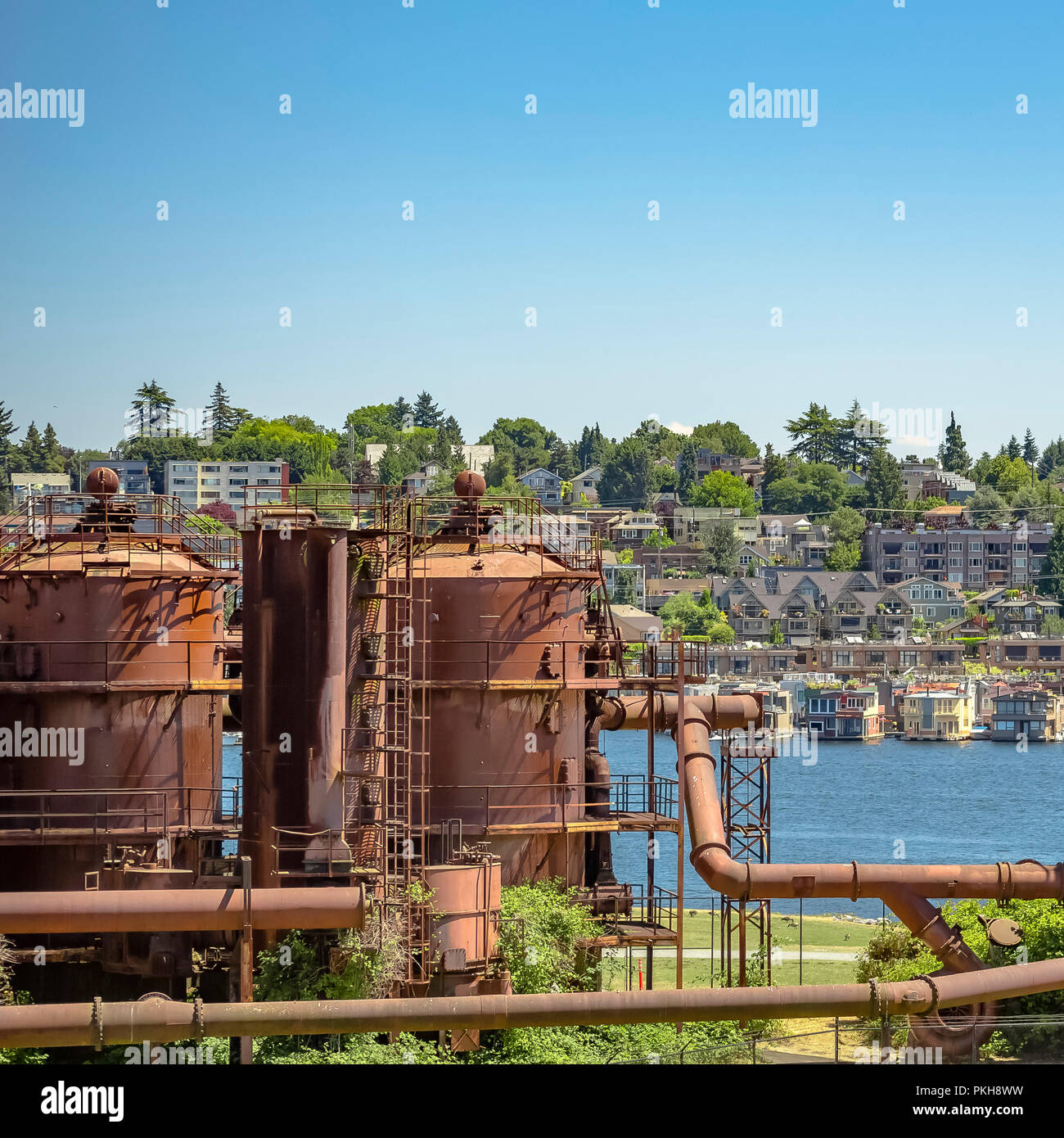 Tanks at Gas Works Park with view of Lake Union - Stock Image