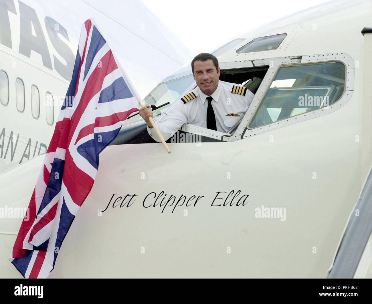 d8b863406418 ... Qantas Ambassador at large arrives in London as part of his