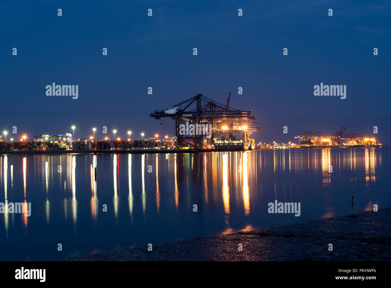 Port of Felixstowe at night, Suffolk, UK. - Stock Image