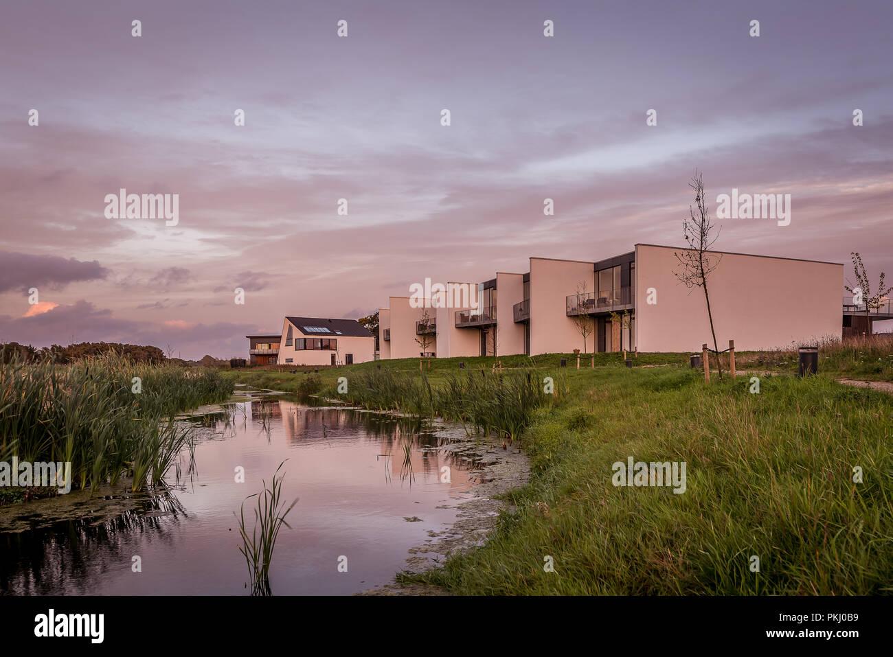new modern villas in the criticized project of vinge frederikssund