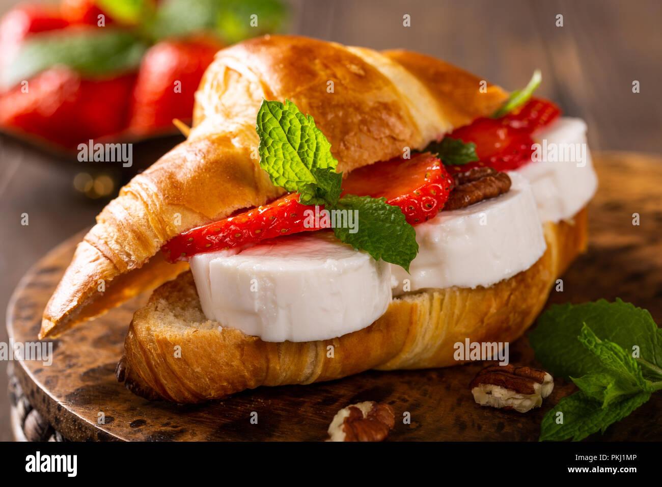 Honey Bun Stock Photos Images Alamy Mps Whitehoney Sandwich Croissant With Goat Cheese Image