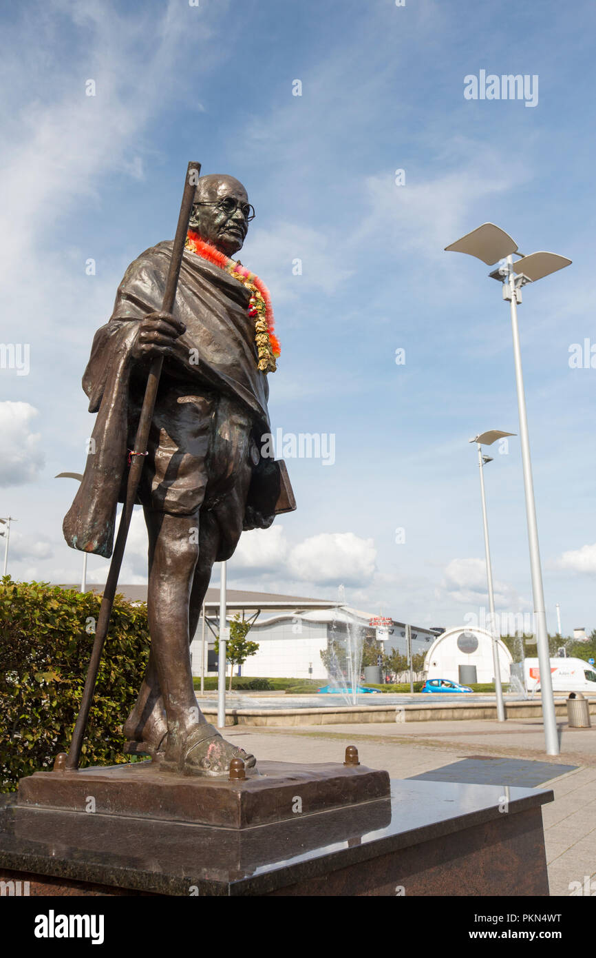 A statue of Gandhi in Cardiff Bay, Cardiff, Wales, UK. - Stock Image