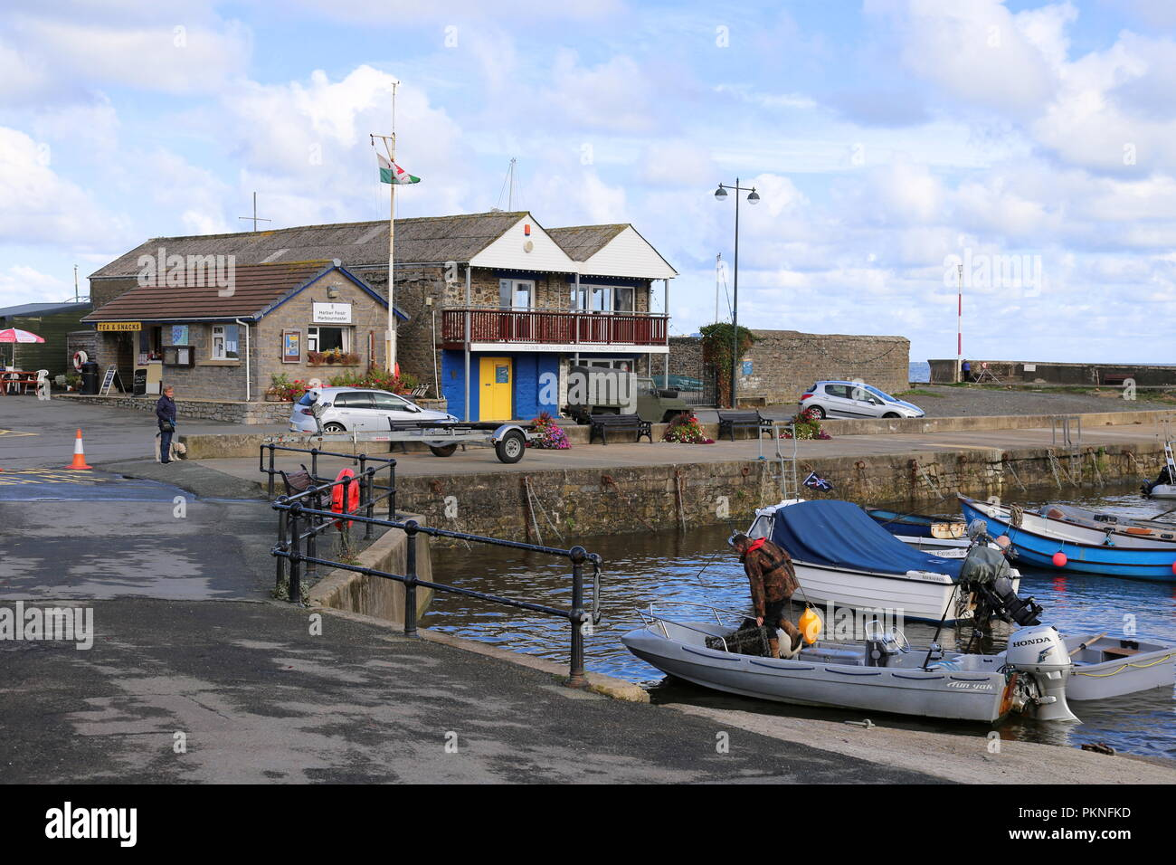Aberaeron Yacht Club, South Beach, Aberaeron, Cardigan Bay, Ceredigion, Wales, Great Britain, United Kingdom, UK, Europe - Stock Image