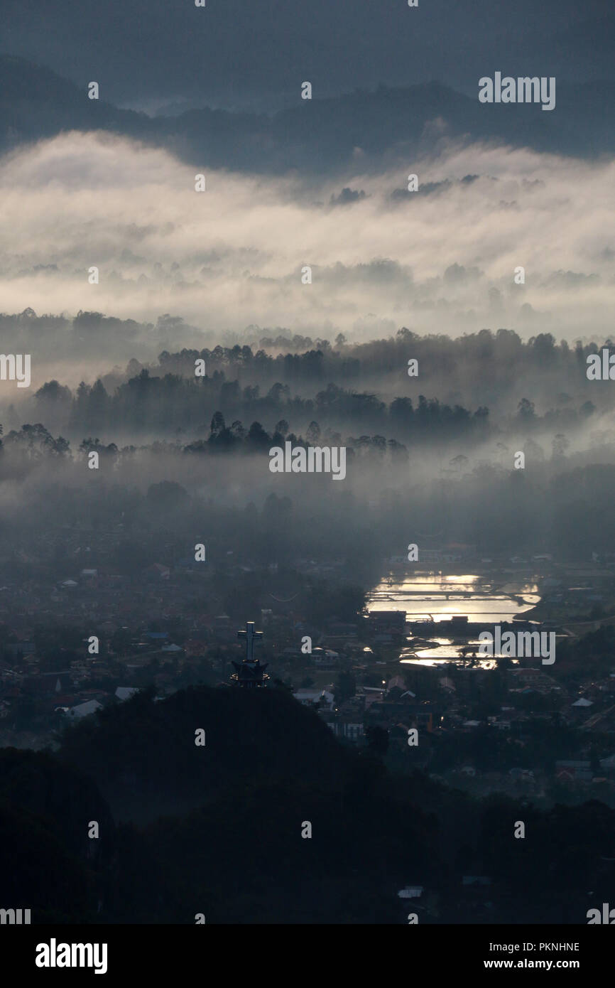 The famous Low Level Cloud at Toraja Utara, seen from To'Tombi, Sulawesi, Indonesia - Stock Image