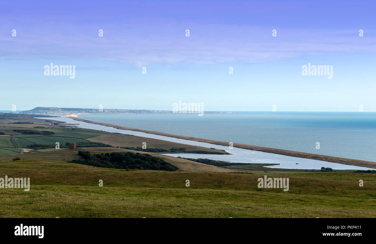 View of Chesil beach, a world heritage site in Dorset, England, UK, looking towards Portland Bill. - Stock Image