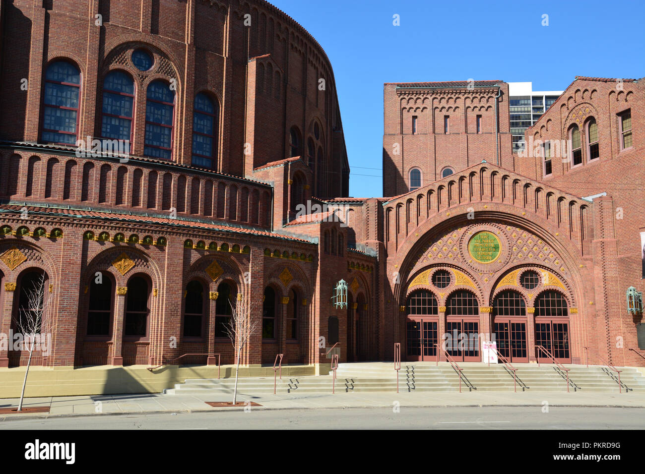 Moody Bible Institute Stock Photos & Moody Bible Institute ...