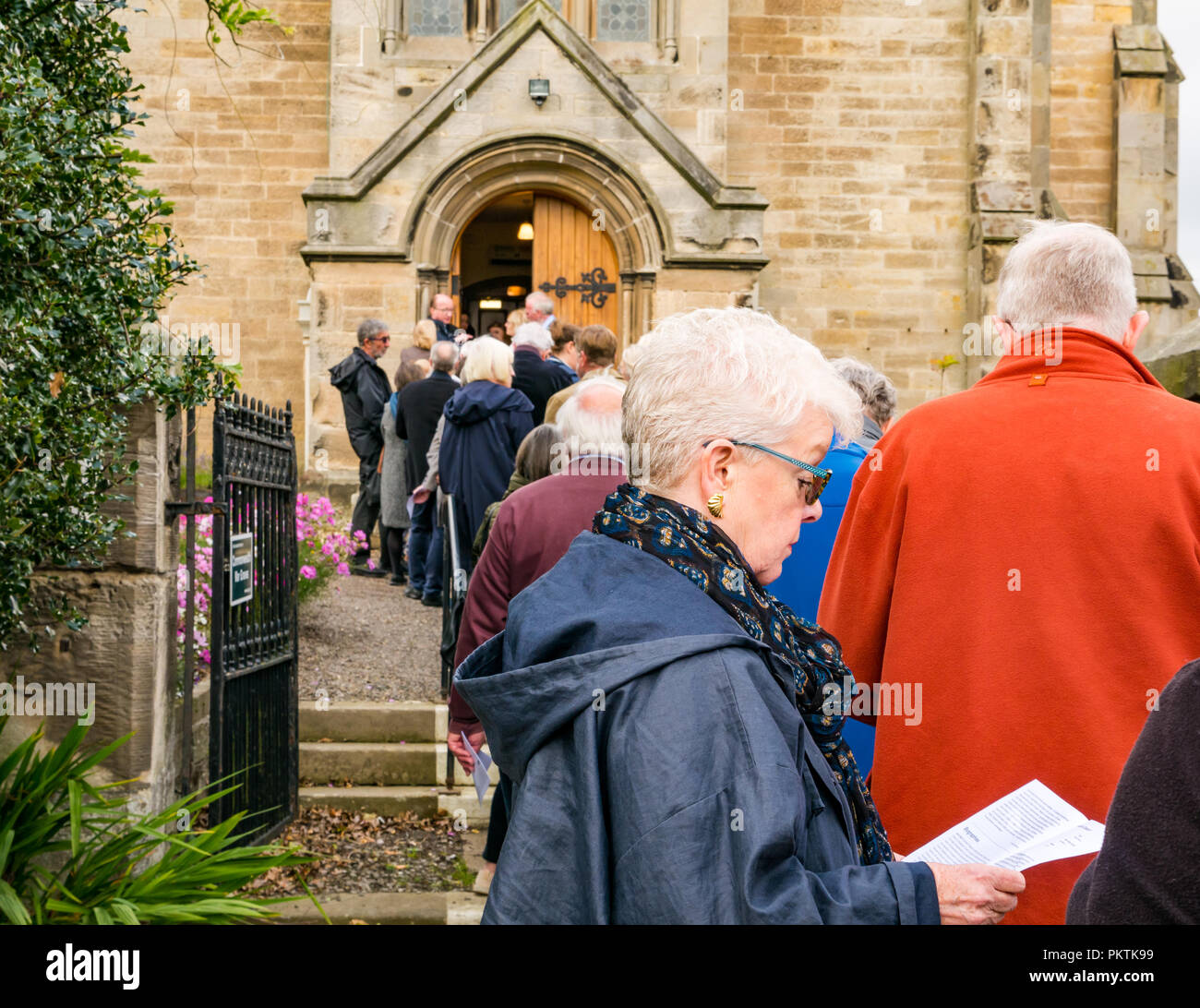 Gladsmuir Parish Church, Gladsmuir, East Lothian, Scotland, UK, 15th September 2018. The concert series continues on its second day with Bach's Musical Offering  by Dunedin Consort at the Lammermuir Festival in Gladsmuir. People queue to get into the concert and buy programmes Stock Photo