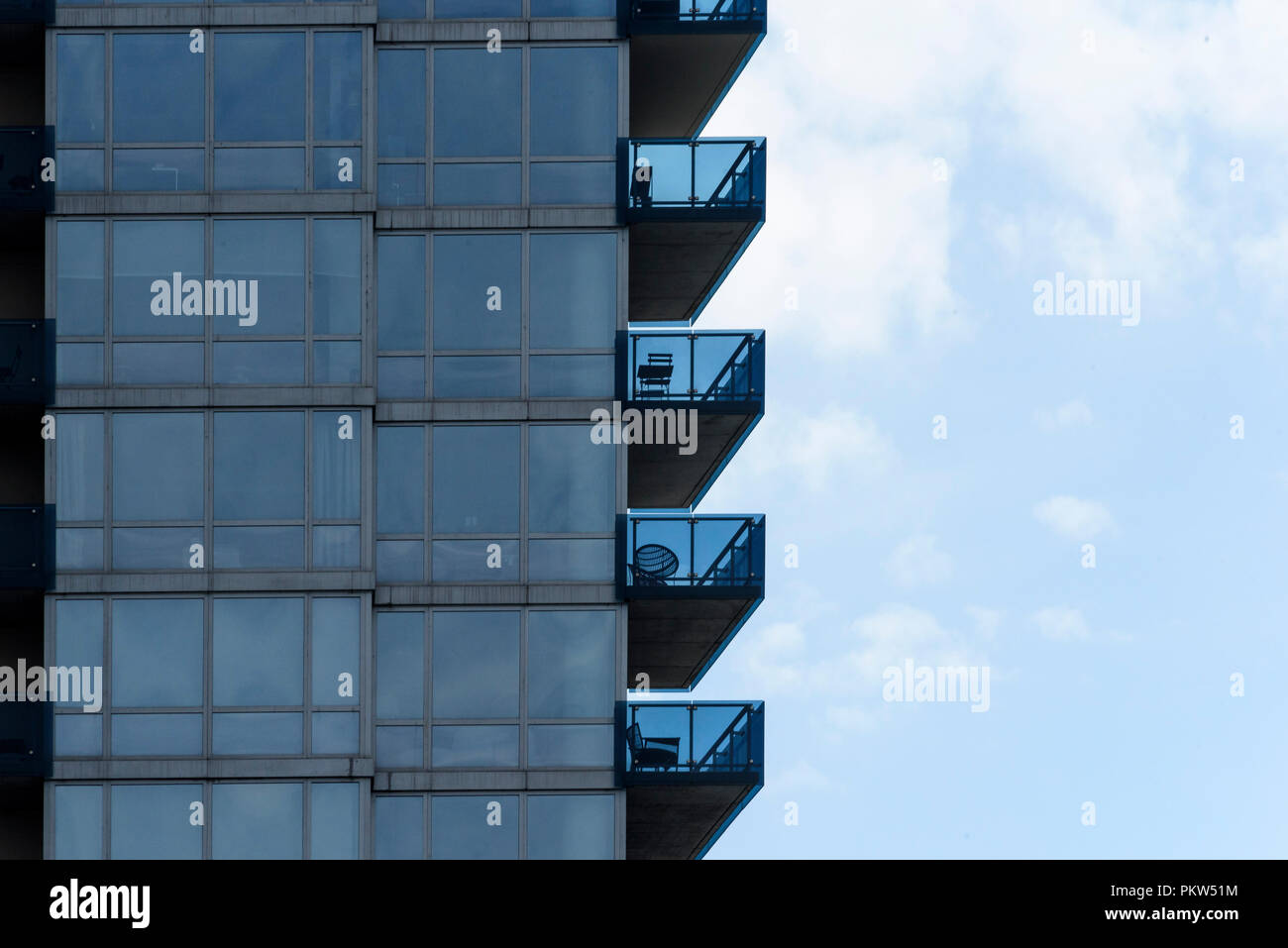 04-2018 New York. USA. Balconies on a condominium in Brooklyn.  Photo: © Simon Grosset - Stock Image