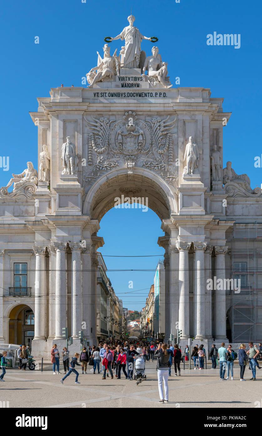 Rua Augusta Arch (Arco da Rua Augusta) from Praca do Comercio, Lisbon, Portugal - Stock Image