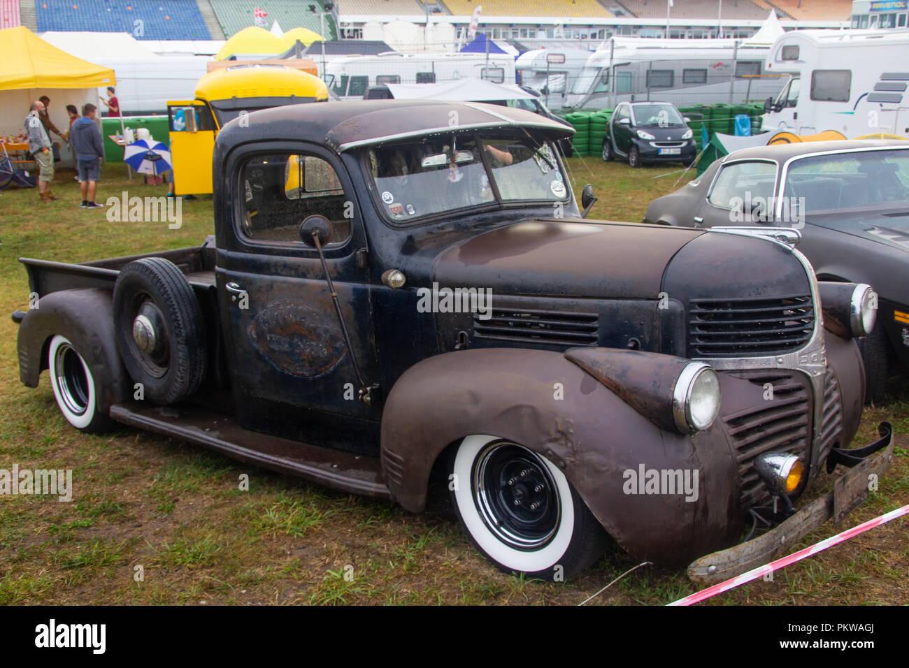 Rusty 1946 Dodge WD-15 Pro Touring Rat Rod vintage pickup