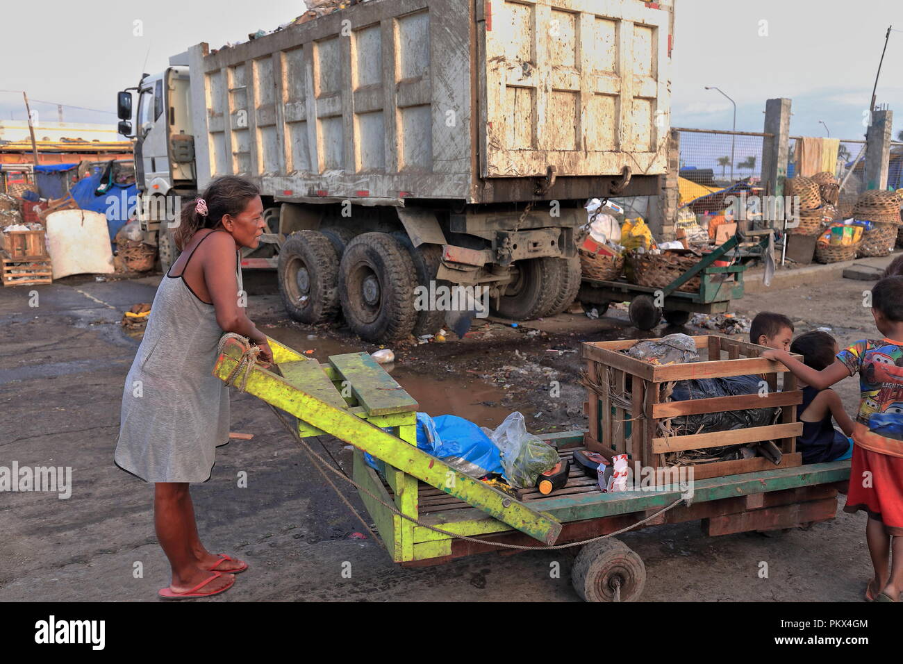 29e45f97d973 Wooden Truck Bed Stock Photos & Wooden Truck Bed Stock Images - Alamy