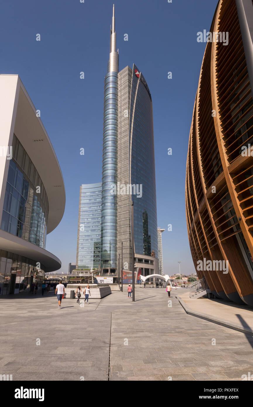 The Unicredit Tower skyscraper in Milan (2012), the tallest building in Italy, designed by Cesar Pelli (Pelli Clarke Pelli Architects) in Porta Nuova Stock Photo