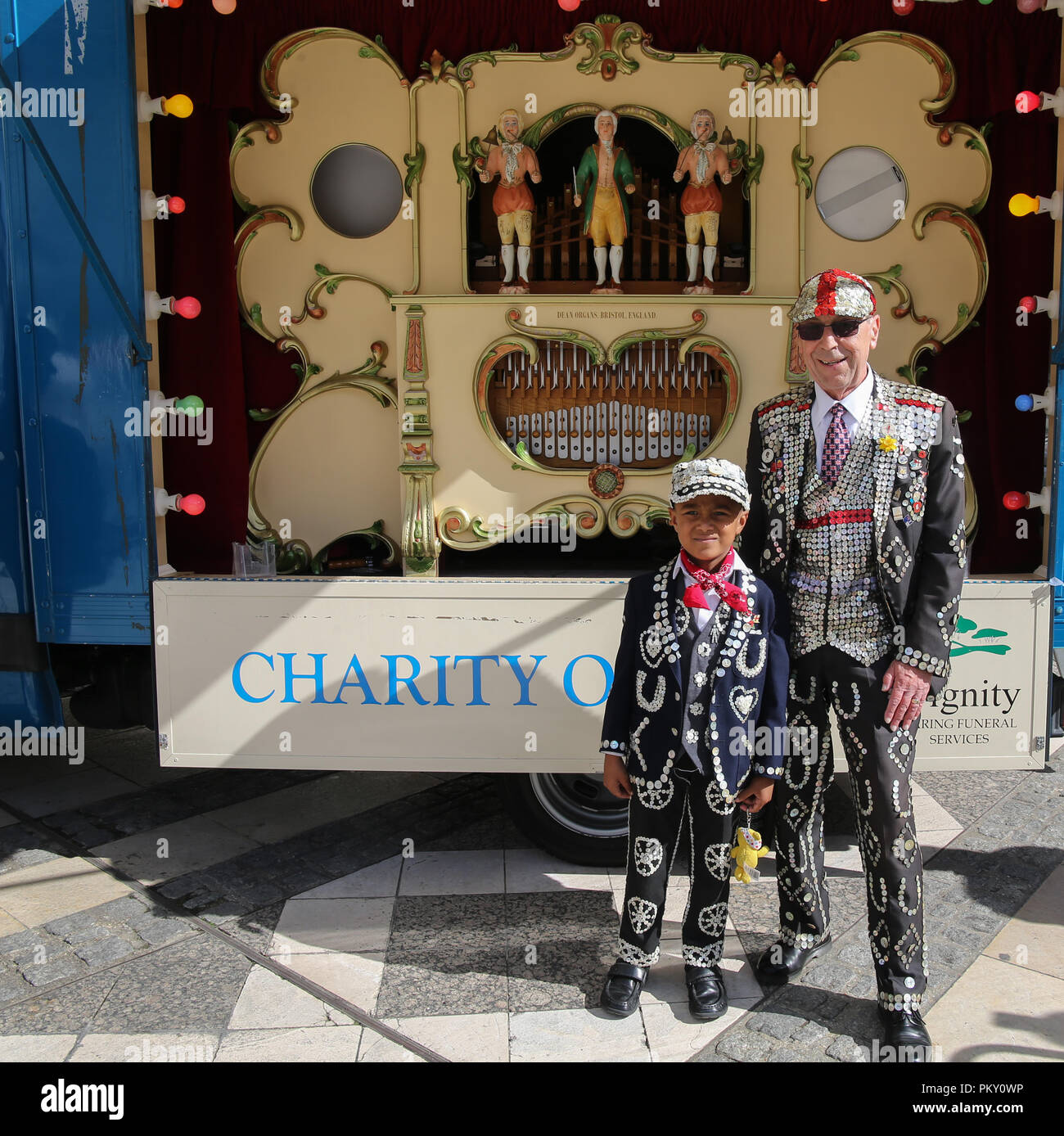 London UK  16 September 2018 Pearly Kings and Queens Harvest Festival at Guildhall Yard,Dressed in their best dark suits covered in hundreds of bright pearl buttons, the Pearly Kings and Queens of London got  together for the biggest event in the Pearly calendar, .@Paul Quezada-Neiman/Alamy Live Credit: Paul Quezada-Neiman/Alamy Live News Credit: Paul Quezada-Neiman/Alamy Live News - Stock Image