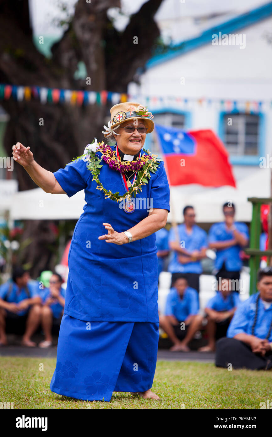 Traditional dancing marks the opening of Teuila Festival, Samoa, 2012. - Stock Image