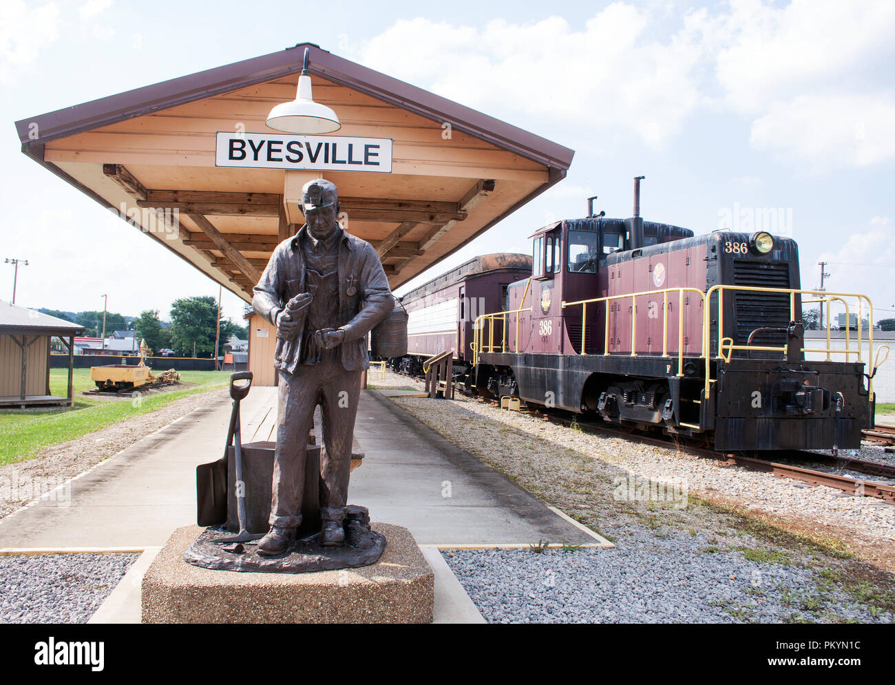 Coal Miner Statue in Byesville Ohio - Stock Image