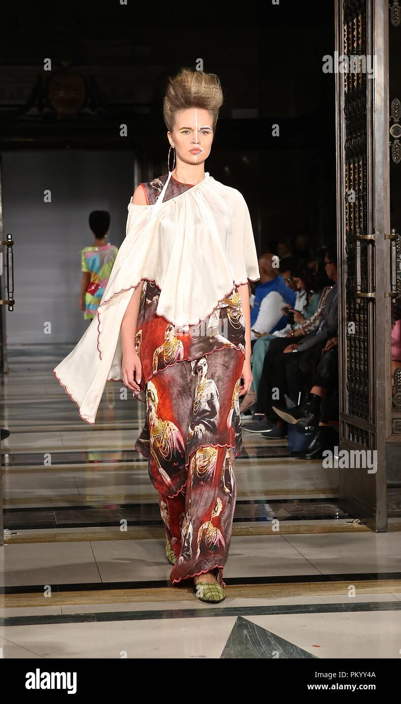 FASHION SCOUT SS19 - Stock Image