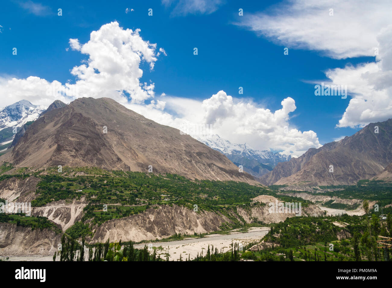 Karimabad, Hunza Valley, Gilgit-Baltistan, Pakistan : Hunza, a mountainous valley in far north Pakistan, bordering with the Wakhan Corridor in Afghani - Stock Image