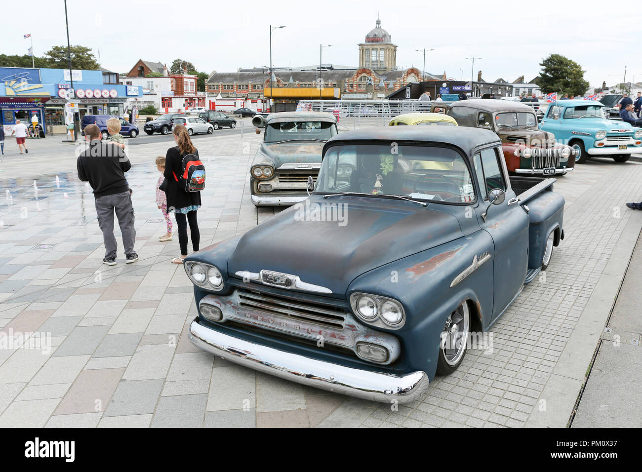 essex, uk. 16th sep, 2018. 16th sept 2018. classic car show at city