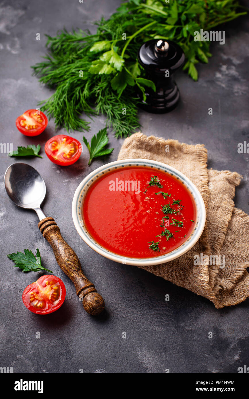 Tomato vegetarian soup gazpacho in bowl - Stock Image