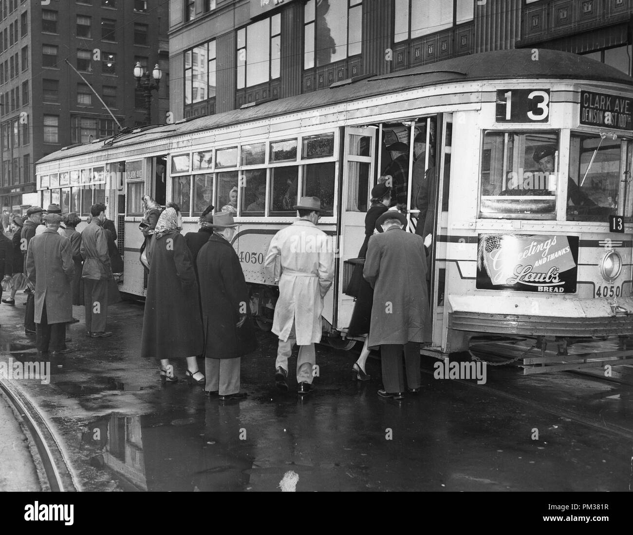 Cleveland Streetcars, 1949.  File Reference # 1132_002THA - Stock Image