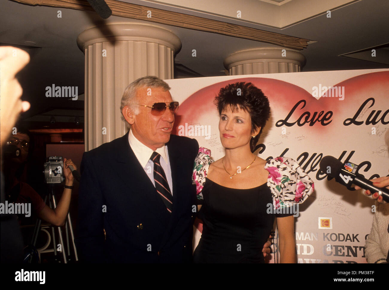 Gary Morton and Lucy Arnaz at the Eastman Second Century Award Ceremony honoring Lucille Ball, 1989.  File Reference # 1238_024THA - Stock Image