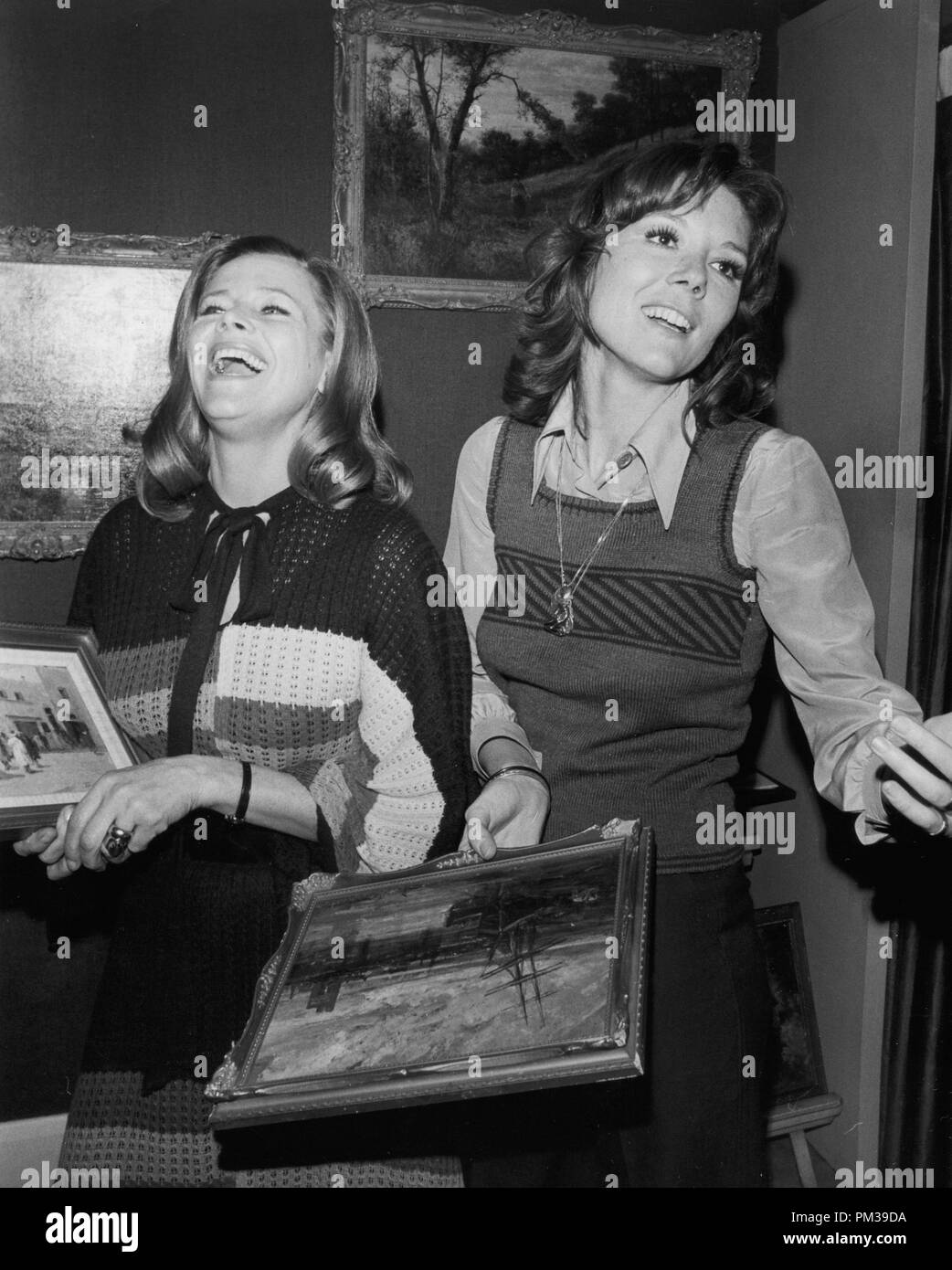 """Honor Blackman and Diana Rigg, both former stars of """"The Avengers"""", circa 1972. © JRC /The Hollywood Archive - All Rights Reserved  File Reference # 1294 019THA Stock Photo"""