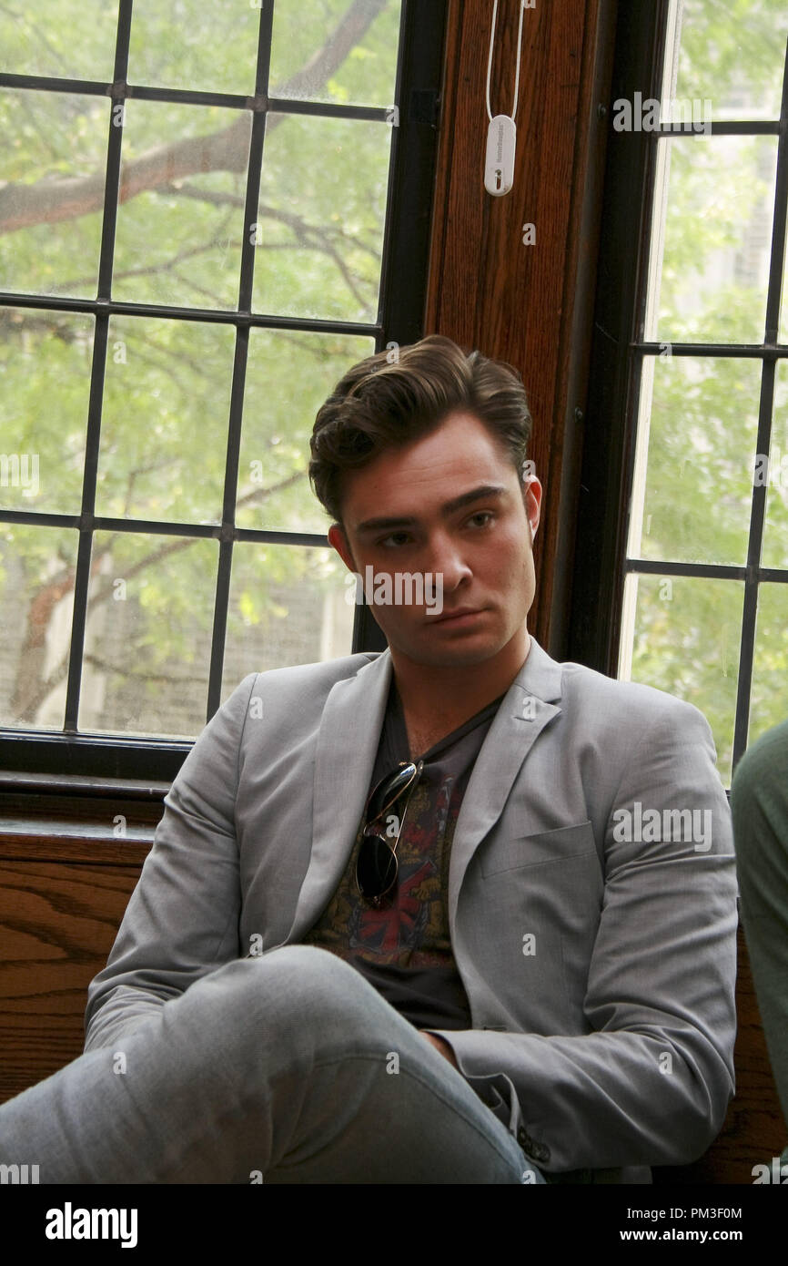 Ed Westwick 'Gossip Girl' Portrait Session, September 23, 2010.  Reproduction by American tabloids is absolutely forbidden. File Reference # 30507_013JRC  For Editorial Use Only -  All Rights Reserved - Stock Image
