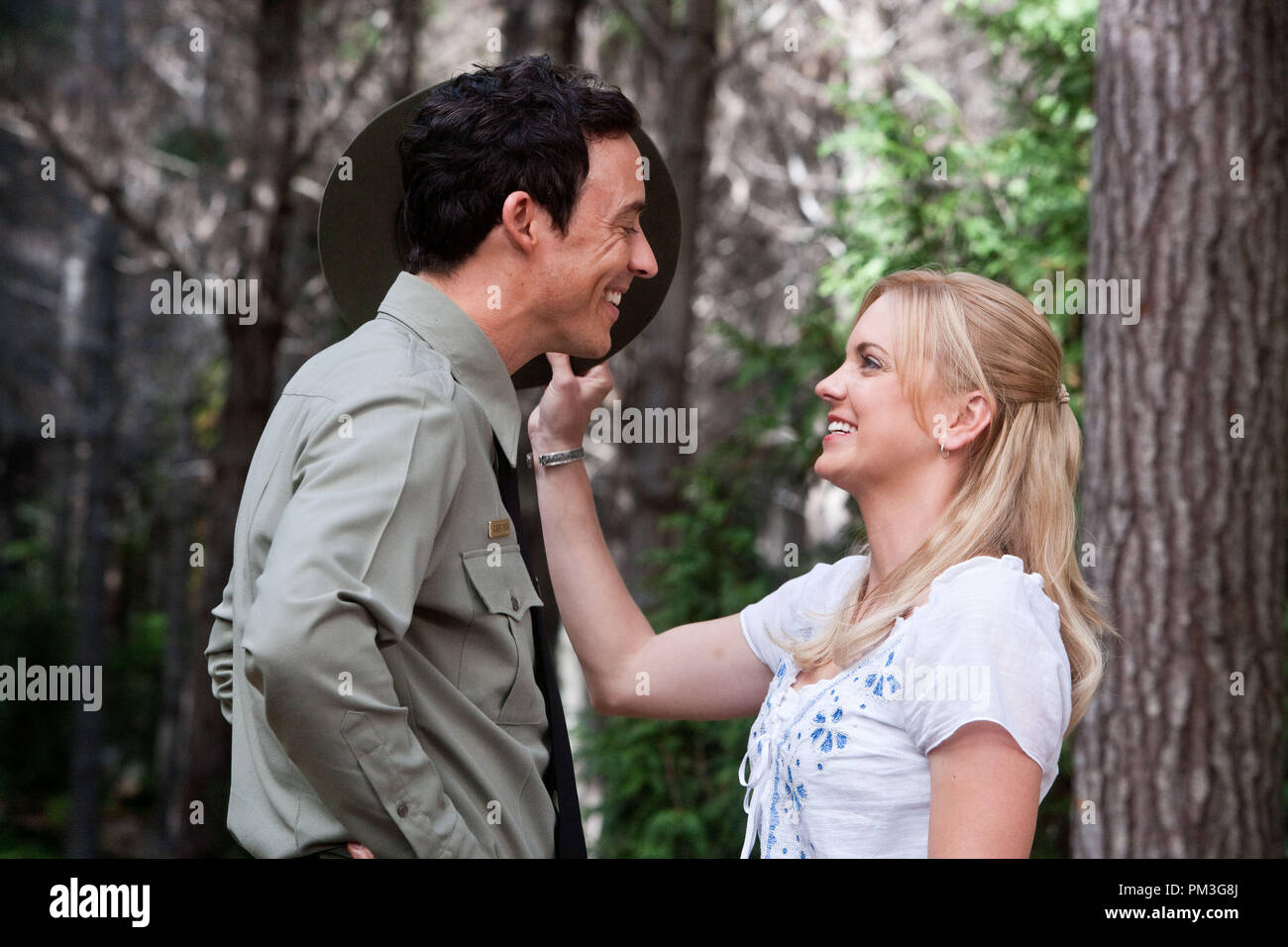 L R Tom Cavanagh As Ranger Smith And Anna Faris As Rachel In Warner Bros Pictures Live Action Computer Animated Adventure In 3d Yogi Bear A Warner Bros Pictures Release 2010 Stock Photo Alamy